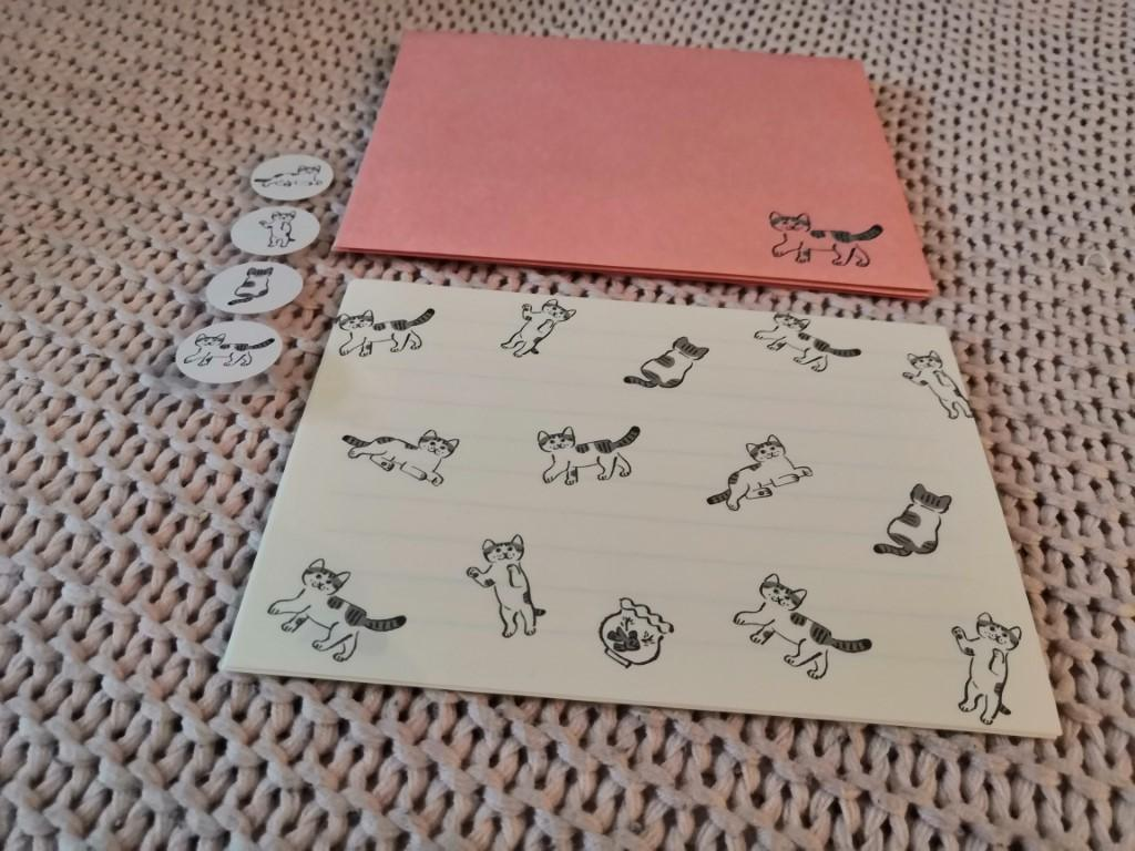 contenu set écriture lettres papier enveloppes Miaaago ryu ryu box papeterie zenpop mai chats crafts
